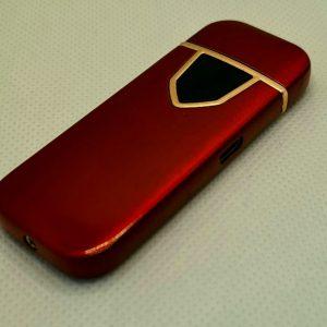 Луксозна запалка в червен цвят,захранваща се с USB