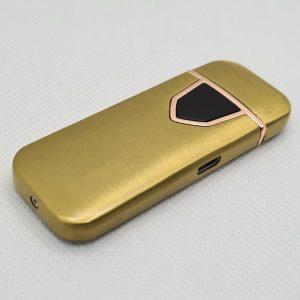 Луксозна запалка в златист цвят,захранваща се с USB